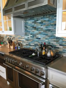 Contractor for kitchen backsplash